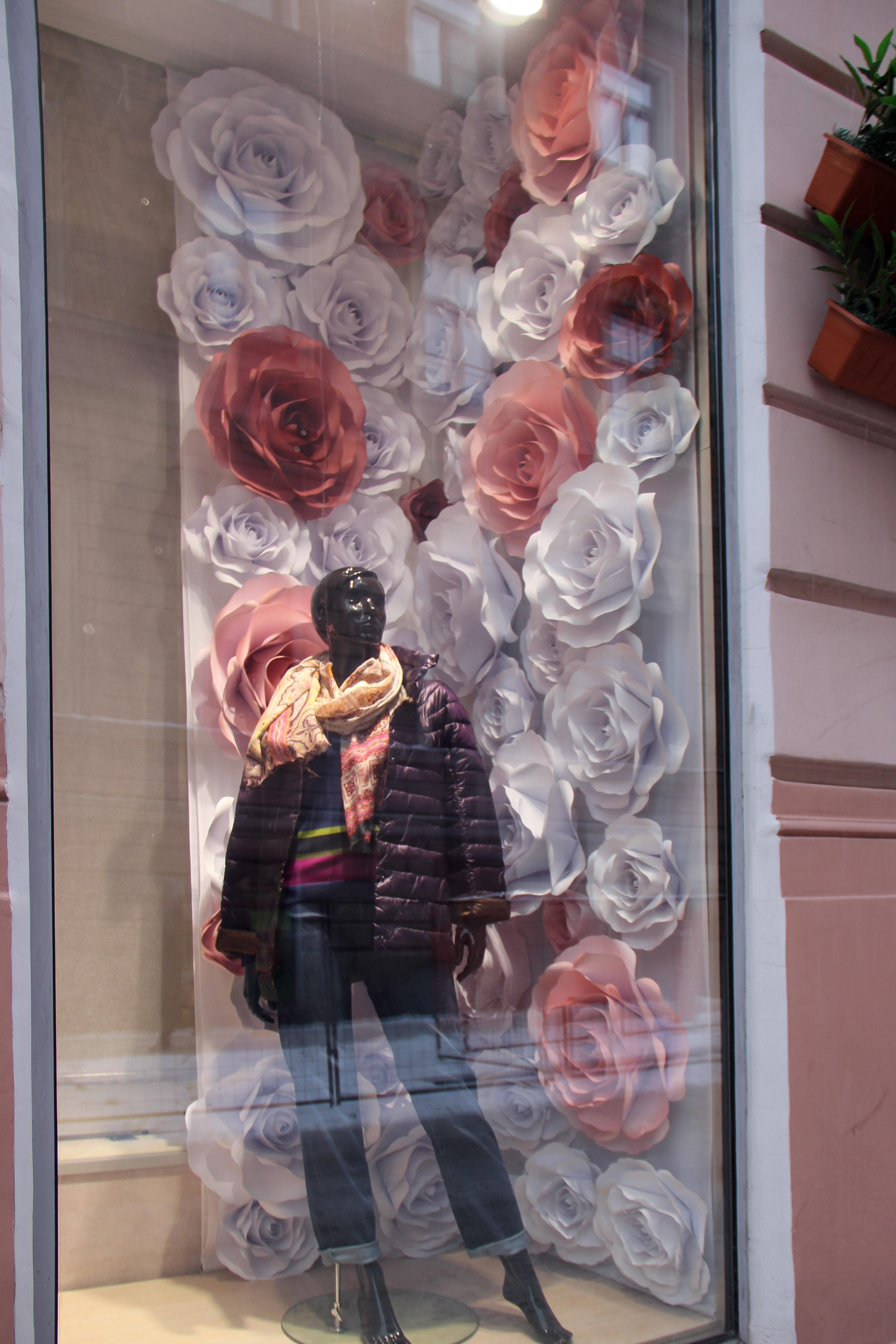 Розы для витрин Elena Miro