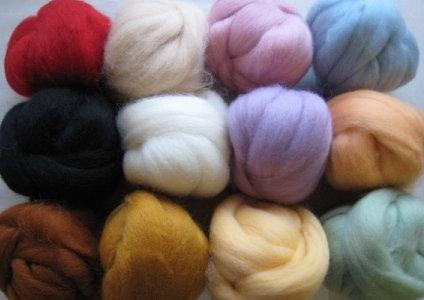 8 pack of wool roving-2oz