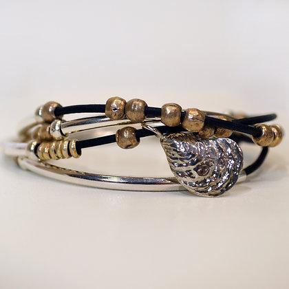Lizzy Oyster Wrap Bracelet