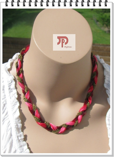 Collier rouge / rose et métal bronze