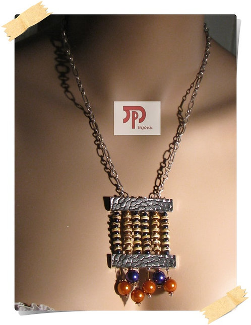 Collier pendentif métal et perles nacrées