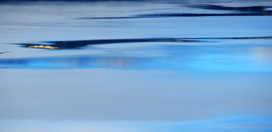 """DAY 25:  """"BLUE STROKES""""  -  2015 Bariloche, Argentina"""