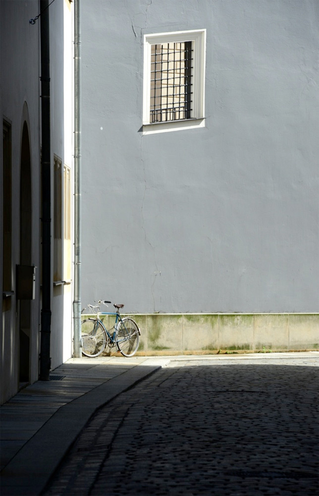 "DAY 74:  ""GRAY BIKE""  -  2012  Dresden, Germany"