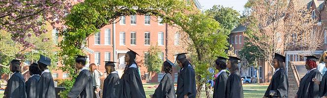 hdr_graduates2014.jpg