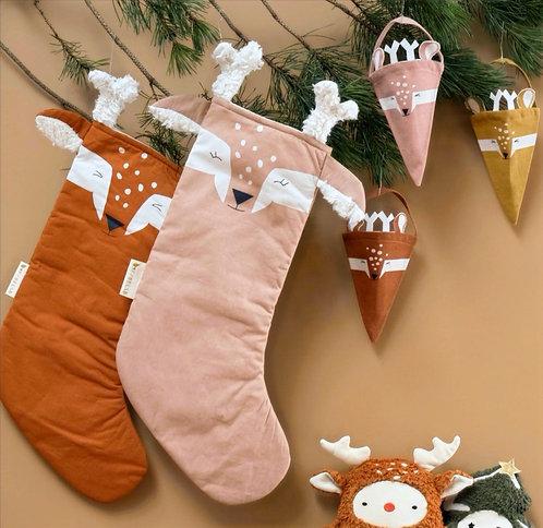 Christmas Stocking Deer (cinnamon/rosa)