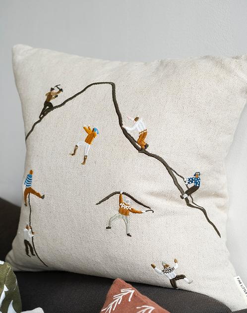 Kissenbezug Embroidiert 'Mountain Climbers'