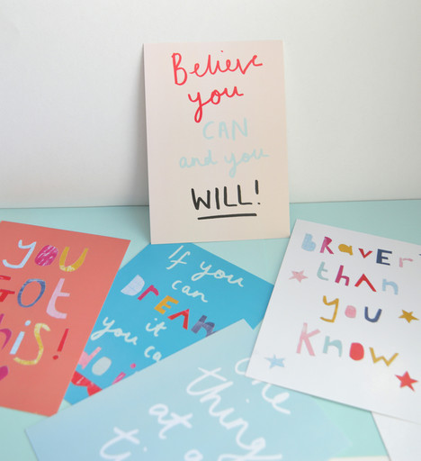 7517937-Pack-of-5-inspirational-positive