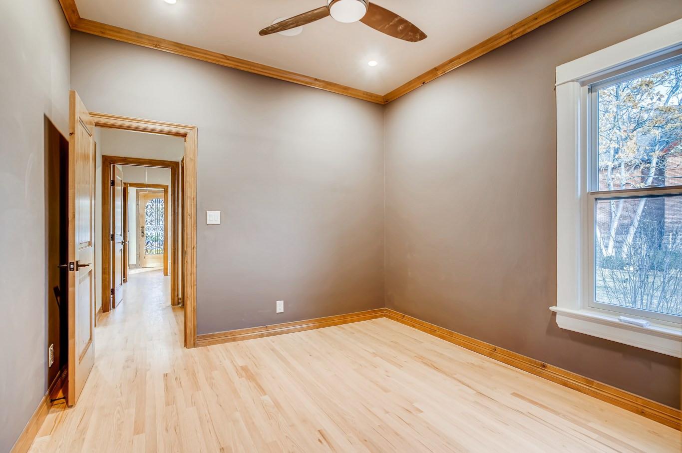 29 Master BedroomC.jpg