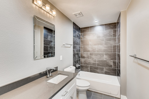 32 2nd Floor BathroomMarshall.jpg