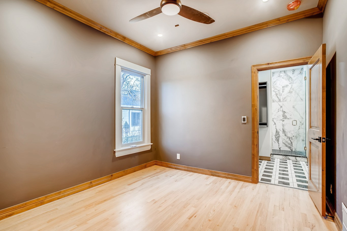 26 Master BedroomC.jpg