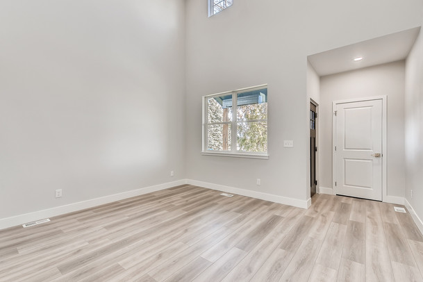 06 Living Room Marshall.jpg