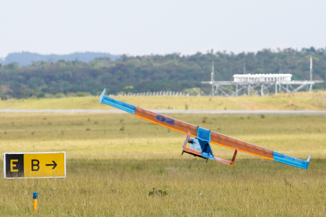 SAE_Aerodesign_2014_Unicamp_Uru_bus_3_©_