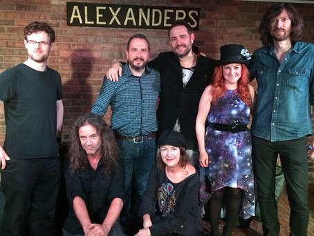 Baxter and Jones gigs are a sell out sensation!