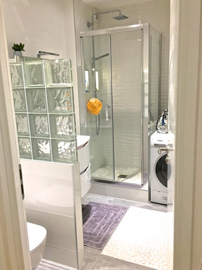 Nouvelle salle de douche et toilettes