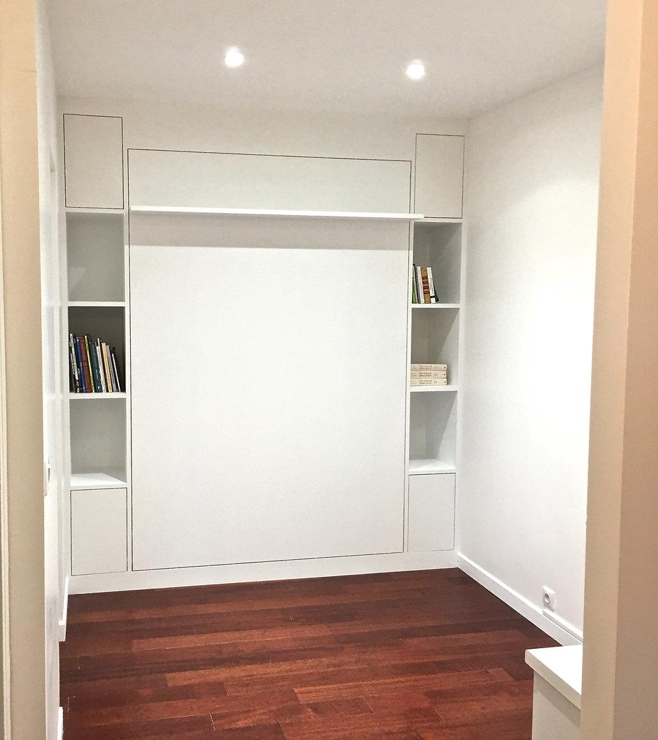 Création meuble, bibliothèque et lit rabattable