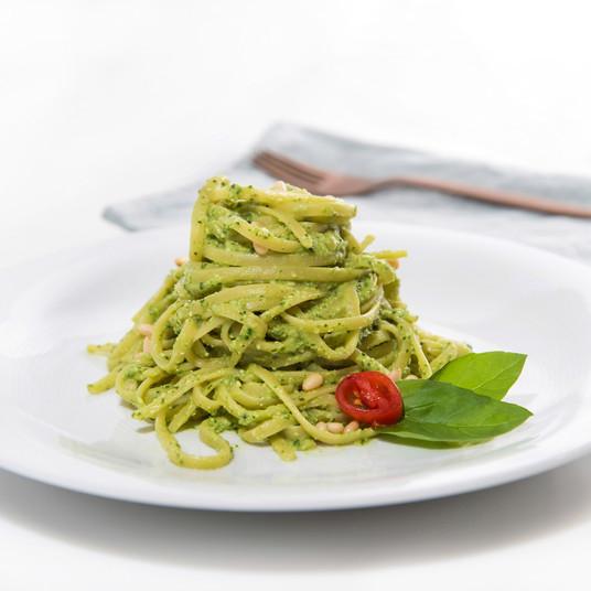 Linguini with Avocado Pesto