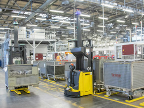 3 Reasons Why You Should Consider Implementing AGVs on Your Factory Floor