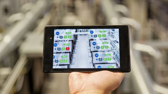 Manufacturing with smartphone at Bosch Blaichach plant