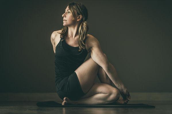 iyengar yoga classes in Philadelphia