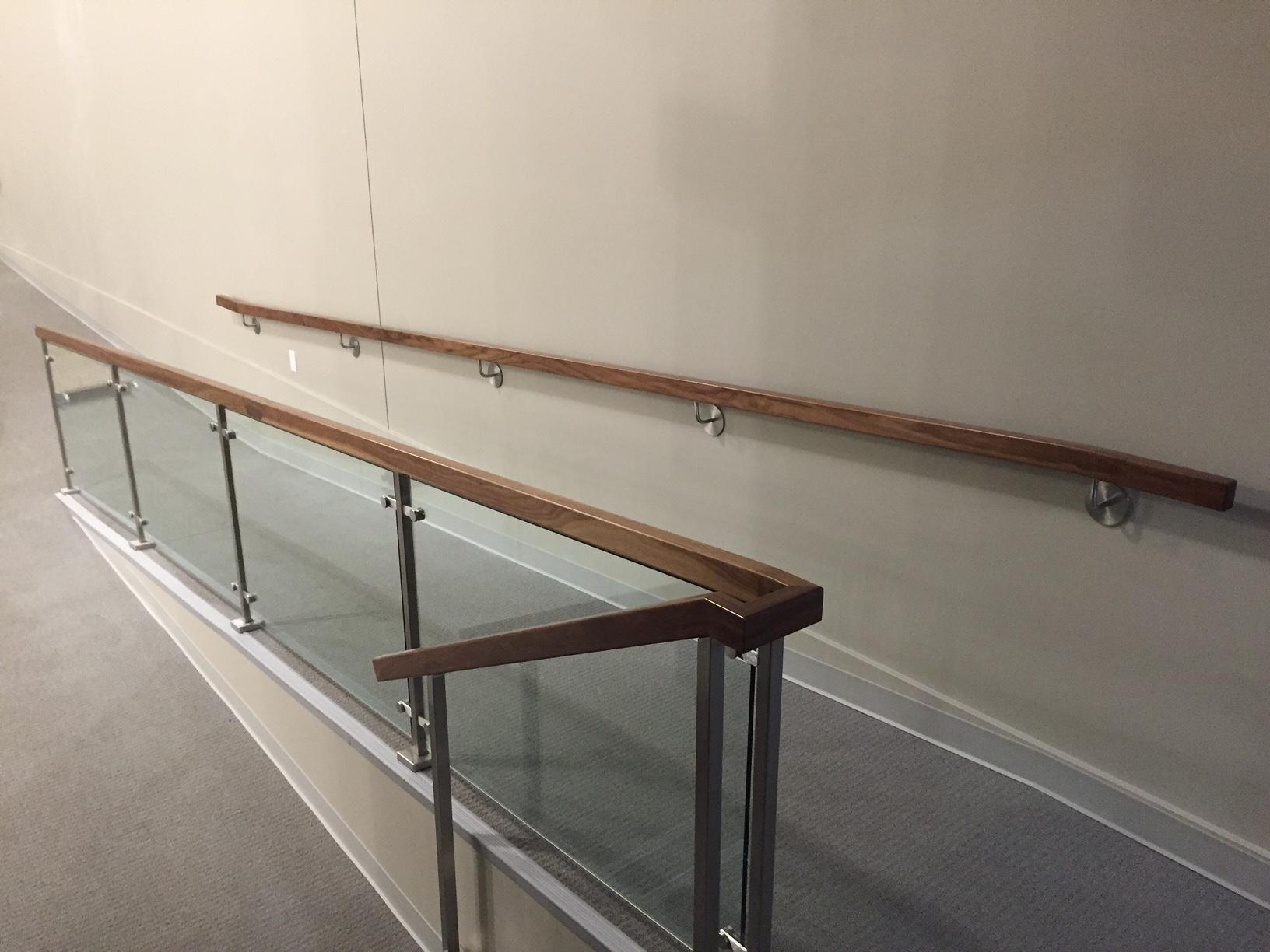 Handrail 7 Yes