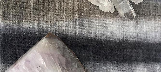 crystal, geode,velvet interior design inutive blog decor quartz magic decorator event stylist toronto luxury