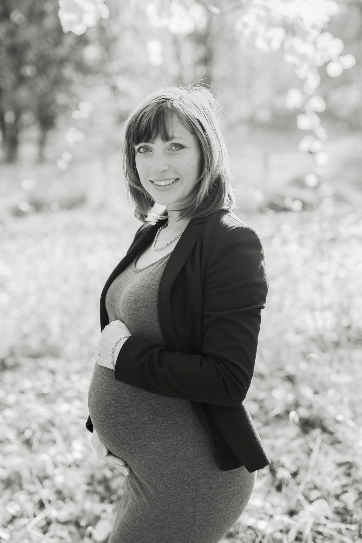 Valentyna & Jens, gravidfotografering stockholm