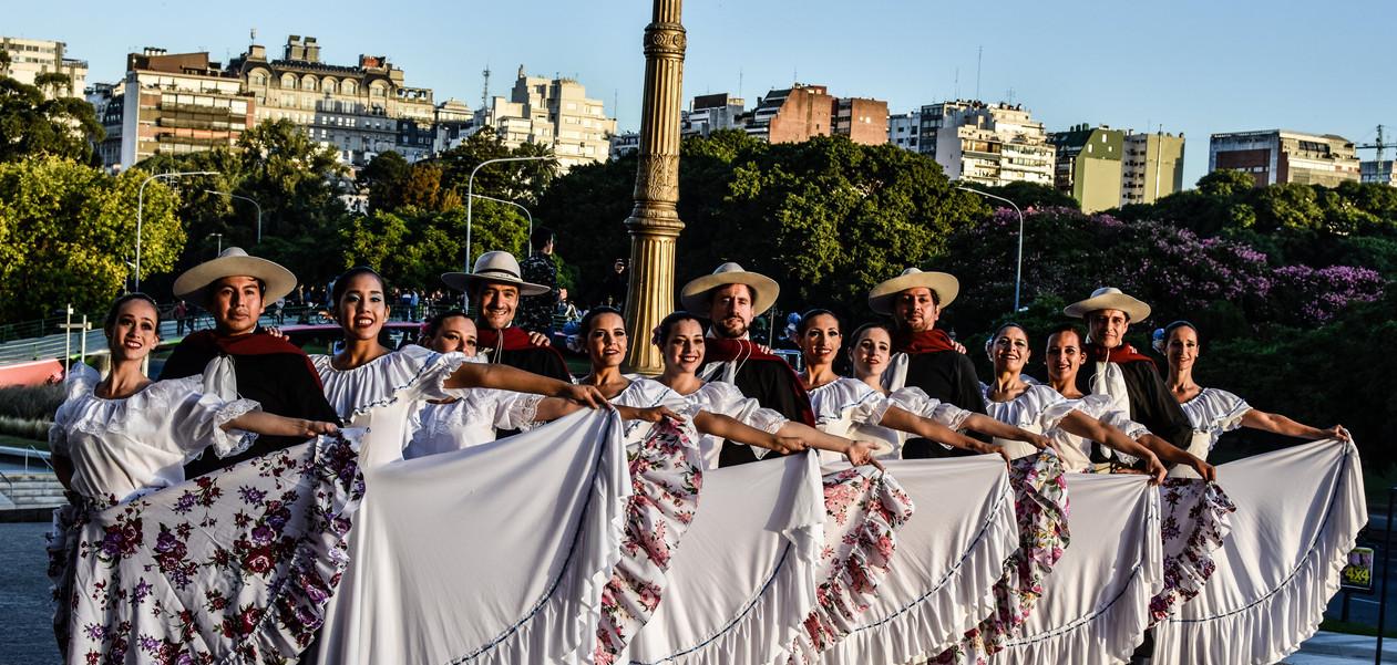 Cuerpo de Danza de Mis Pagos II.jpg