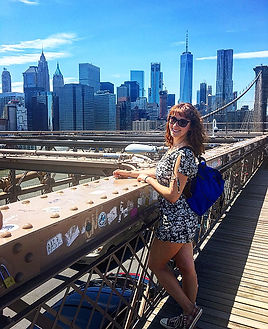 Stunning view of the NY skyline from the Brooklyn Bridge