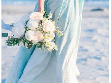 ICE BLUE WINTER WEDDING INSPIRATION