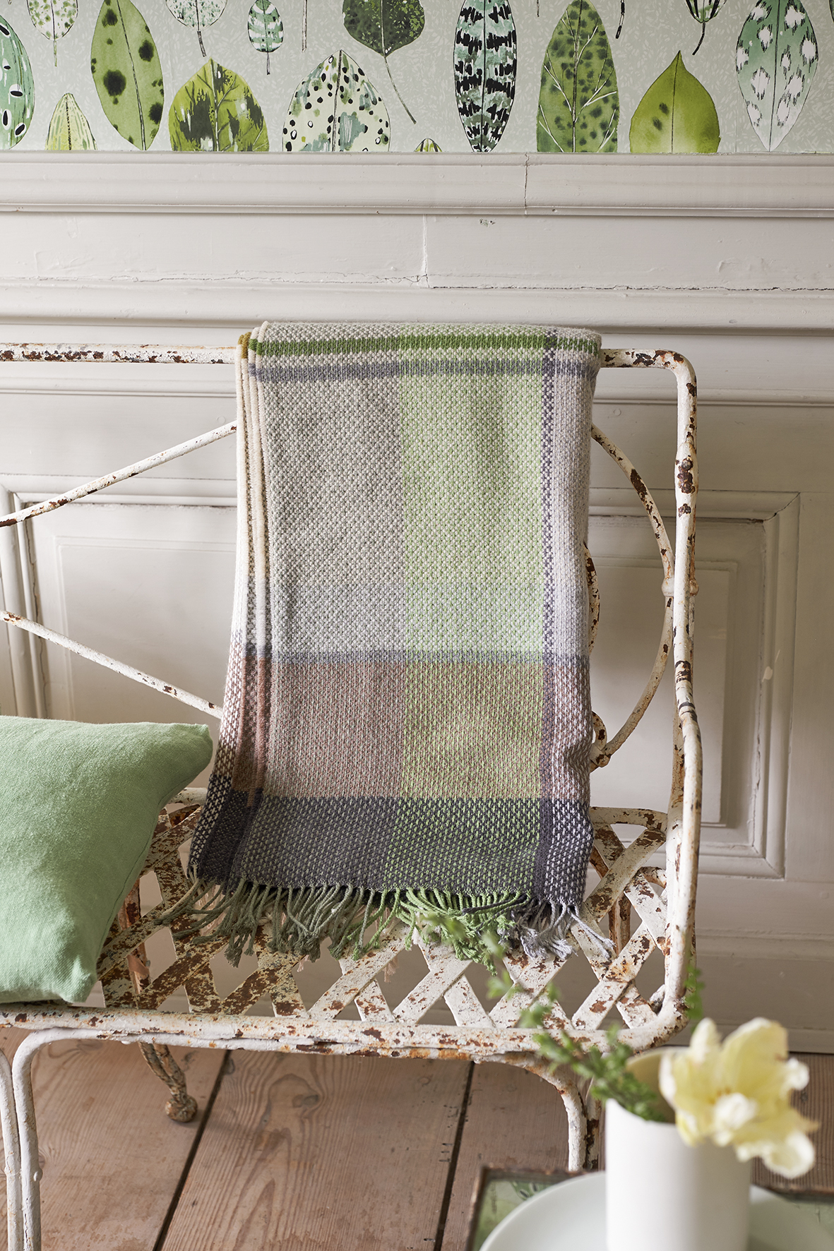 DESIGNERS GUILD THROWS