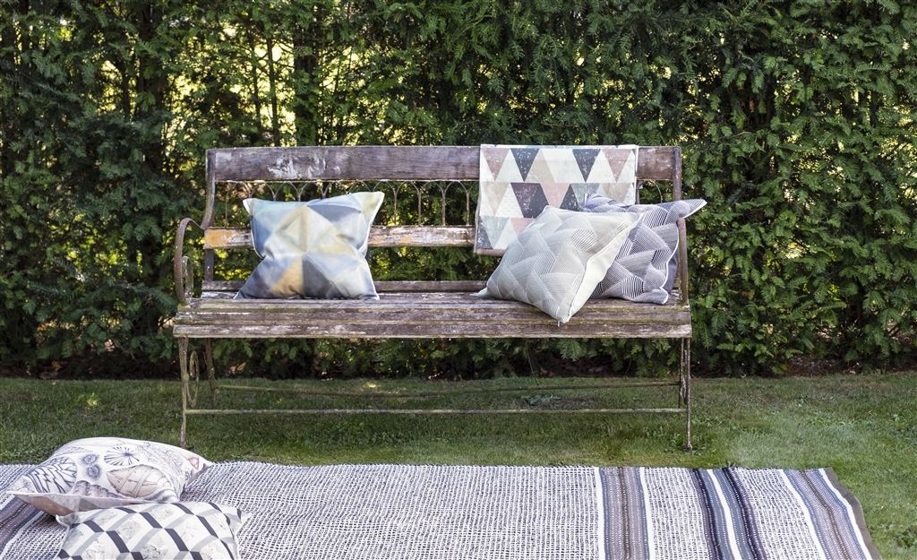 DESIGNERS GUI8LD OUTDOOR COLLECTION