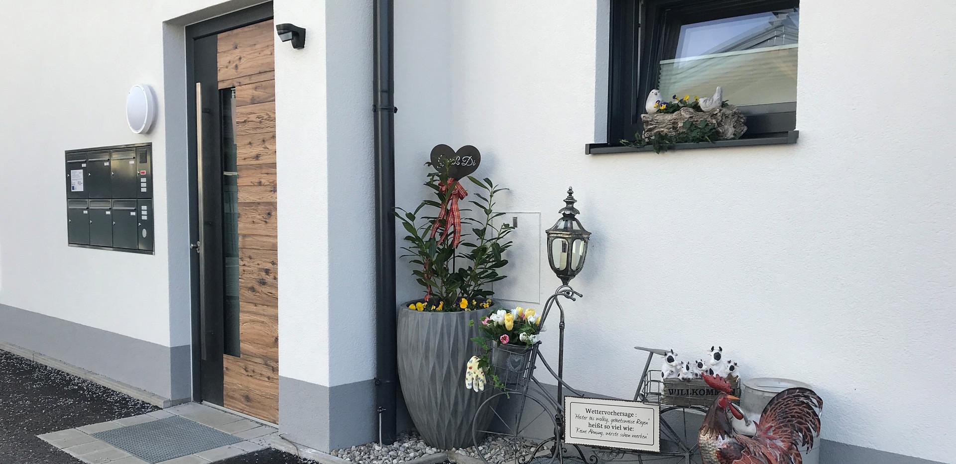 Eingang Wohnhaus.jpg