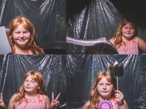 Chloes booth-20.jpg