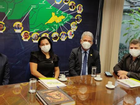 Prefeito Sérgio Lopes viaja a Brasília em busca de recursos para Epitaciolândia