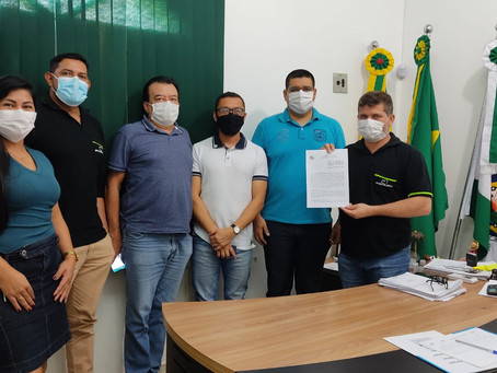 Prefeito Sérgio Lopes assina termo de Cooperação com a UFAC para realizar pré-enem em Epitaciolândia