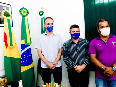 Léo de Brito visita Epitaciolândia e destina emendas no valor de 850 mil reais