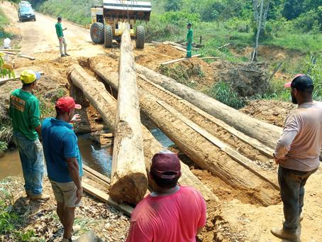 Prefeitura e comunidade recuperam pontes em Epitaciolândia