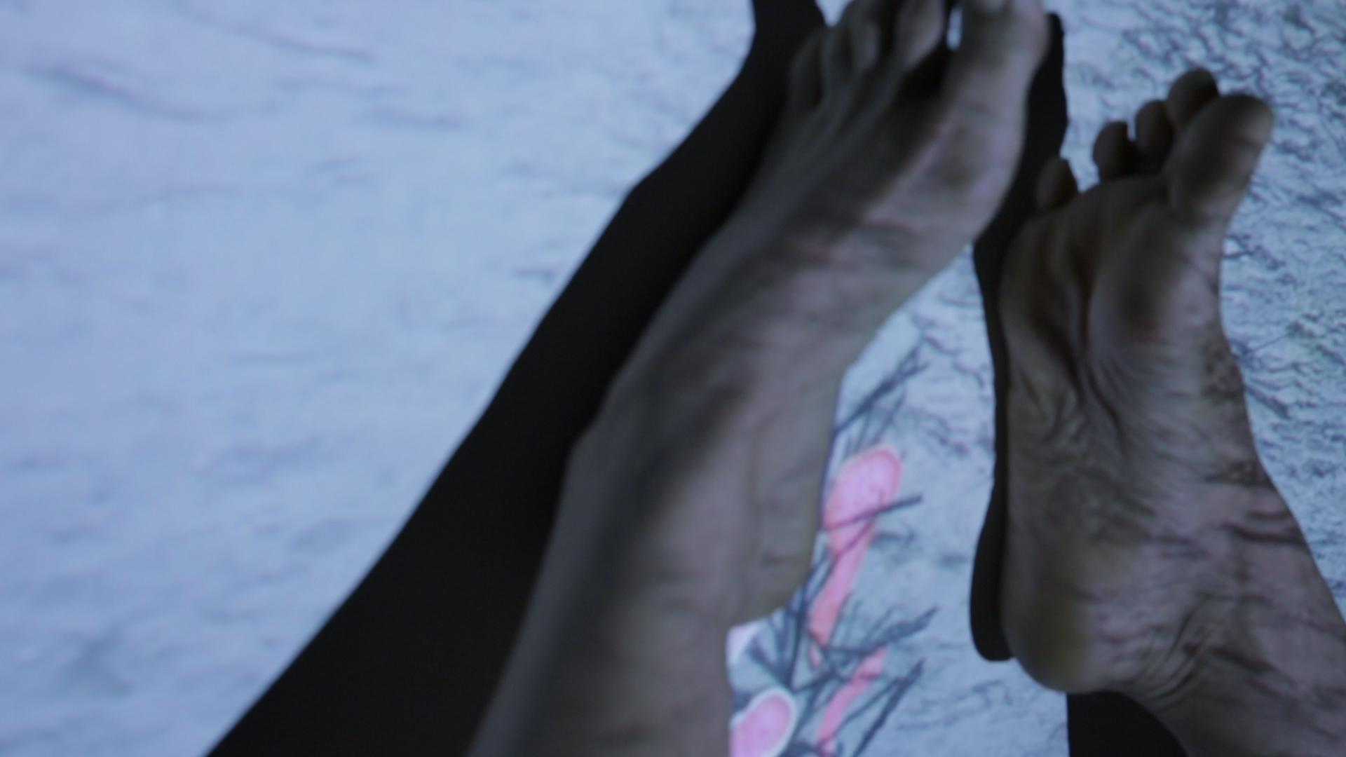 Olek_close up feet.jpg