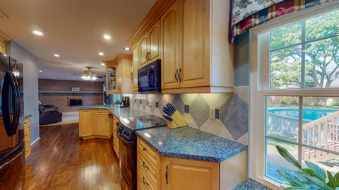 8015-Pepper-Pike-West-Chester-OH-USA-157