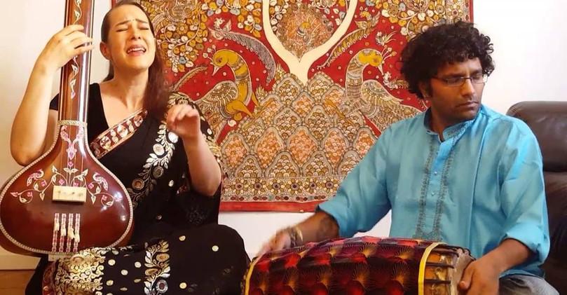 """chant carnatique Audrey Prem Kumar """"Sabha Patiku"""" Paris"""