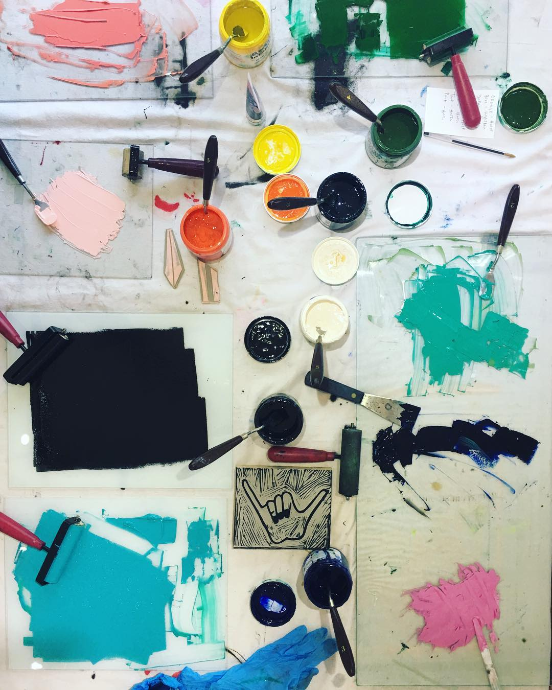 Paint on the table photo