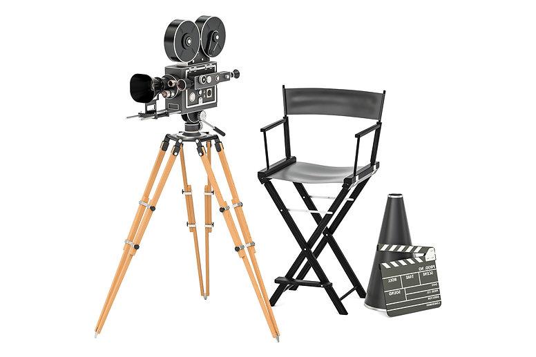 Movie%20Director%20gear_AdobeStock_17064