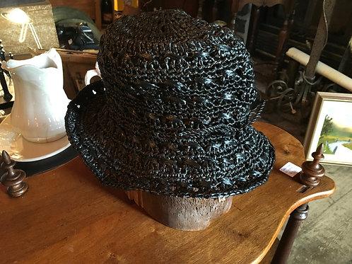 Chapeau cloche noir pour femme
