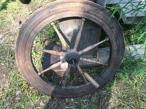 Ancienne roue d'un rouet