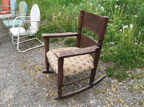 Rare fauteuil berçant en chêne style Art & Craft circa 1900
