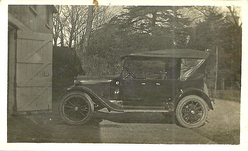 Dodge at Fir Hill 1924_edited.jpg