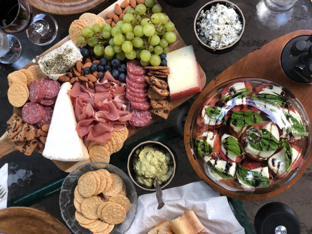 Featured Post: Creating Charcuterie Boards with Shelbrie Charcuterie
