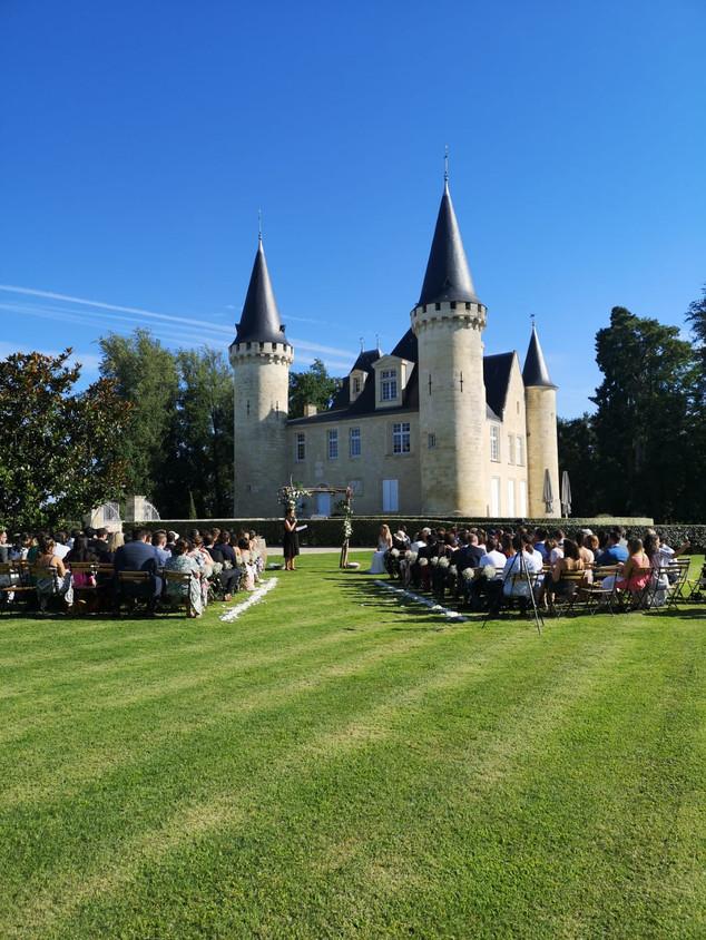 cérémonie laïque au château d'Agassac
