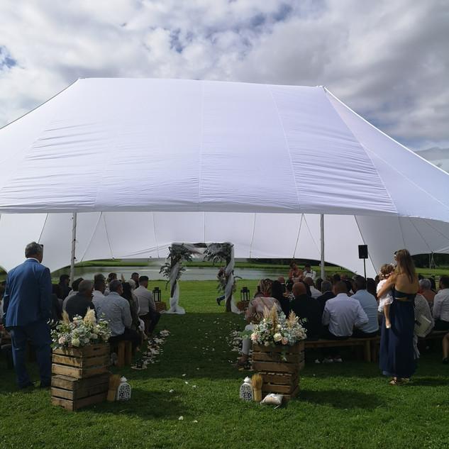Mariage champêtre wedding planner bordeaux organisation mariage bordeaux panneau de signalisation