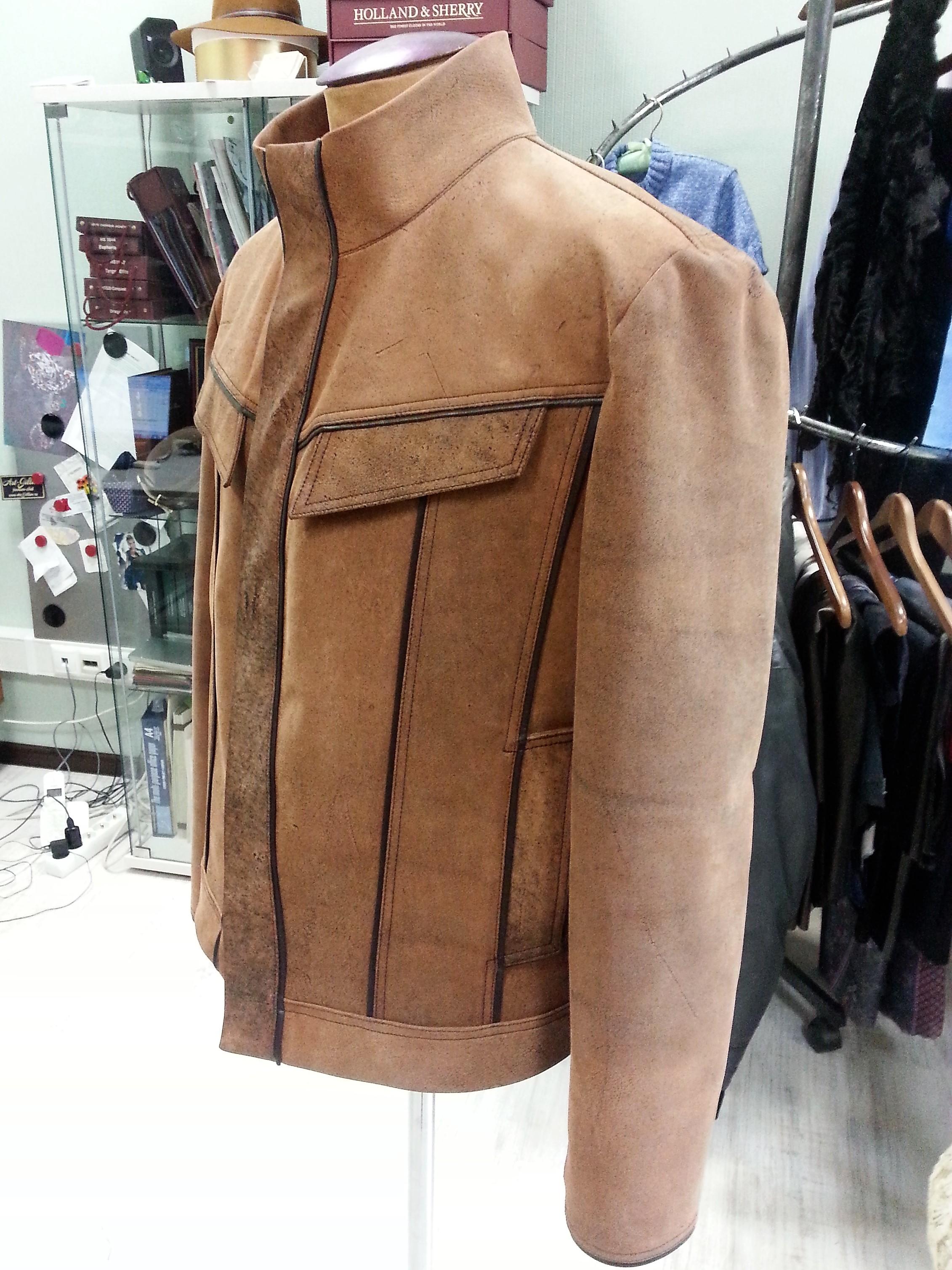 Куртка из кожи мустанга